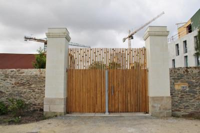 Construction mur et piliers en Tuffeau - Cabinet Bruel Delmarre - septembre 2014